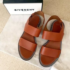 Auth. Givenchy Camel Leather Chain Link Sandals